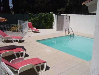 http://www.grandesvacances.com/images/2-piscine.jpg